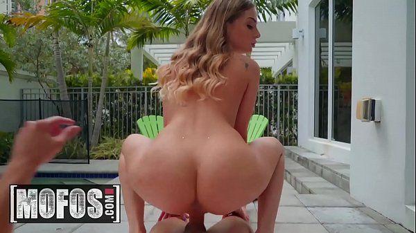 Sexo anal branquinha safada tarada dando a pepeca gostosa