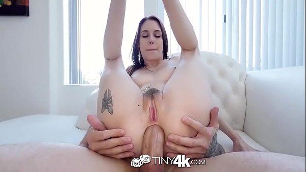 sexo duro gostosa rabuda dando o cu apertado