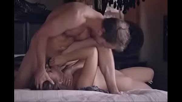 Free sex pretty blonde fucking her uncle