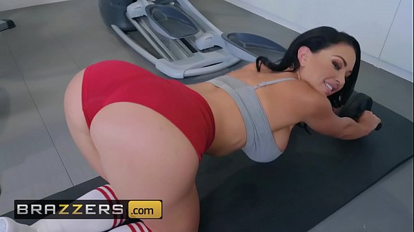 Big Wet Butts – (Brooke Beretta, Keiran Lee) – Workout Sex Club – Brazzers