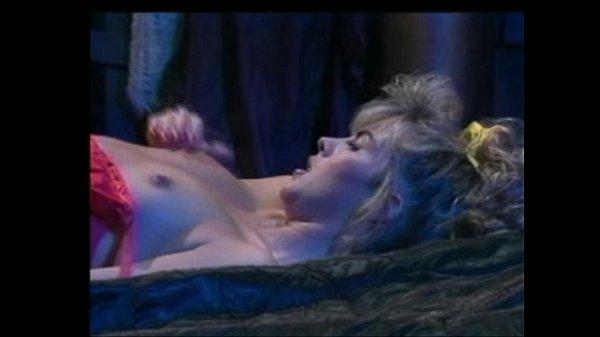 Muffy The Vampire Layer (1992) – Full Film