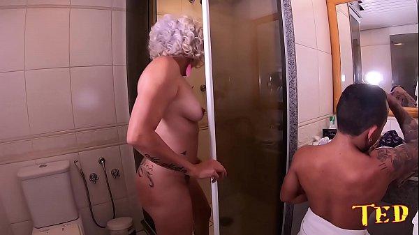 Tudo que rolou com a coroa que veio a São Paulo para ser atriz pornô – Aretha Barini – Pistolinha Ator
